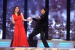 madhuri dixit and sharukh dance